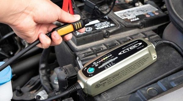 Best Car Battery Charger -A Review & Buying Guide for 2021