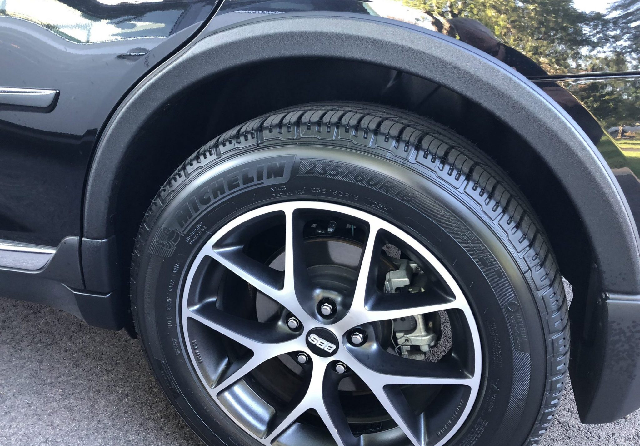 Best Tires for Subaru Outback – A Review & Buying Guide