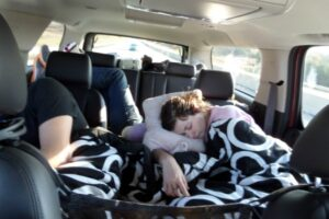 5 Best Car Sleeping Accessories for Road Trips