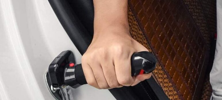 3 Best Car Door Assist Handles for People with Limited Strength and Mobility